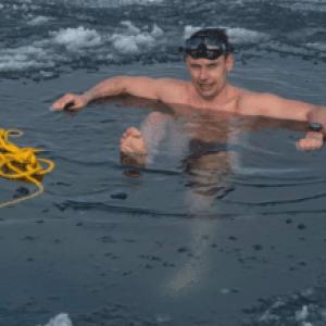 Czech Freediver David Vencl Breaks Under-Ice Swimming World Record